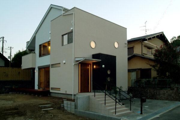 兵庫県川西市11の外観