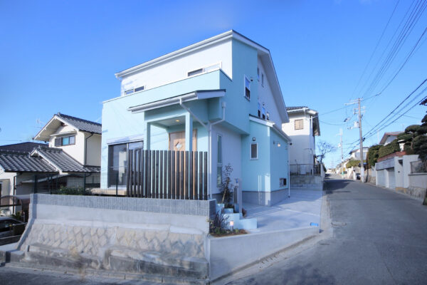 兵庫県川西市10の外観